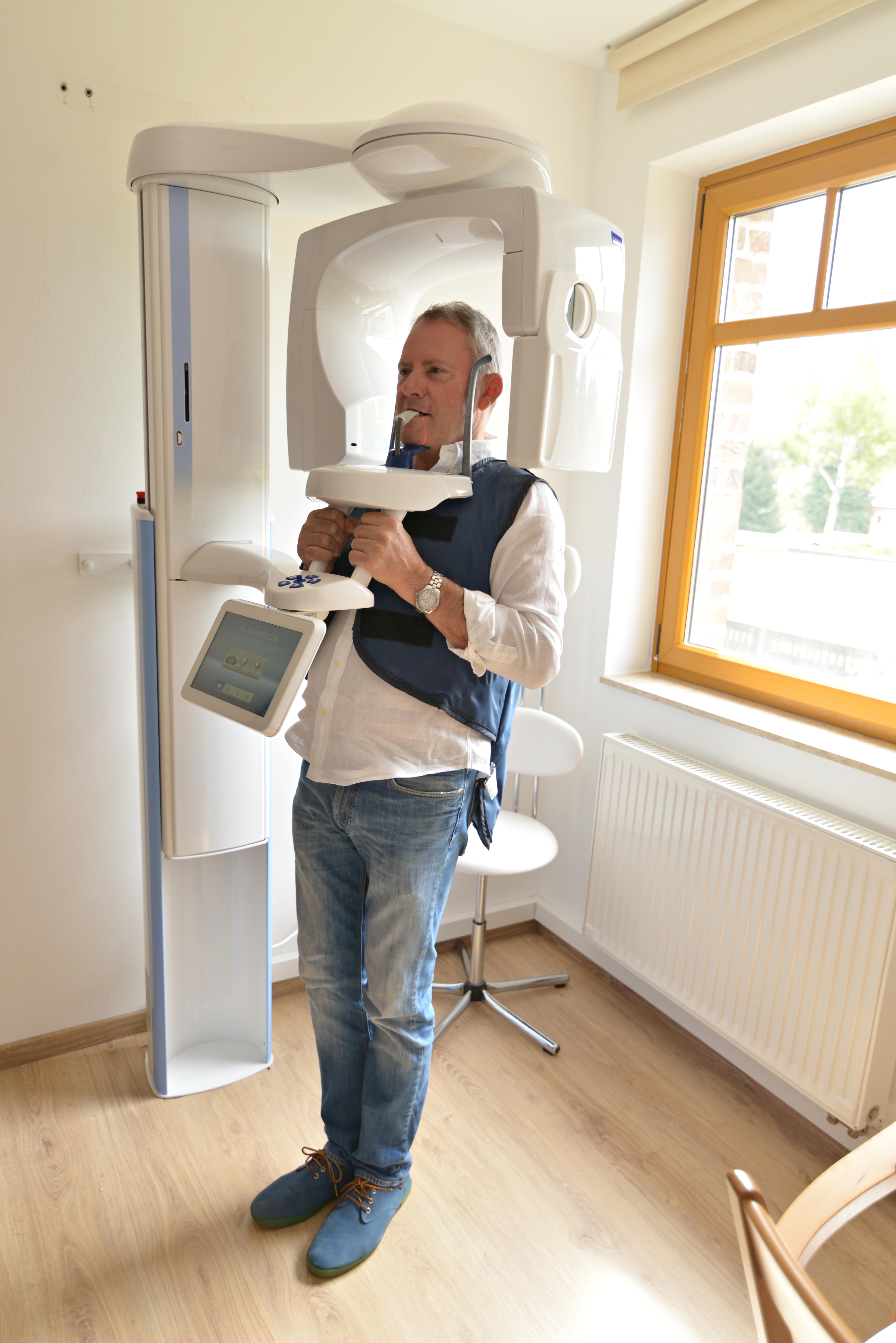 3d-zahnröntgen-planmeca-gerät